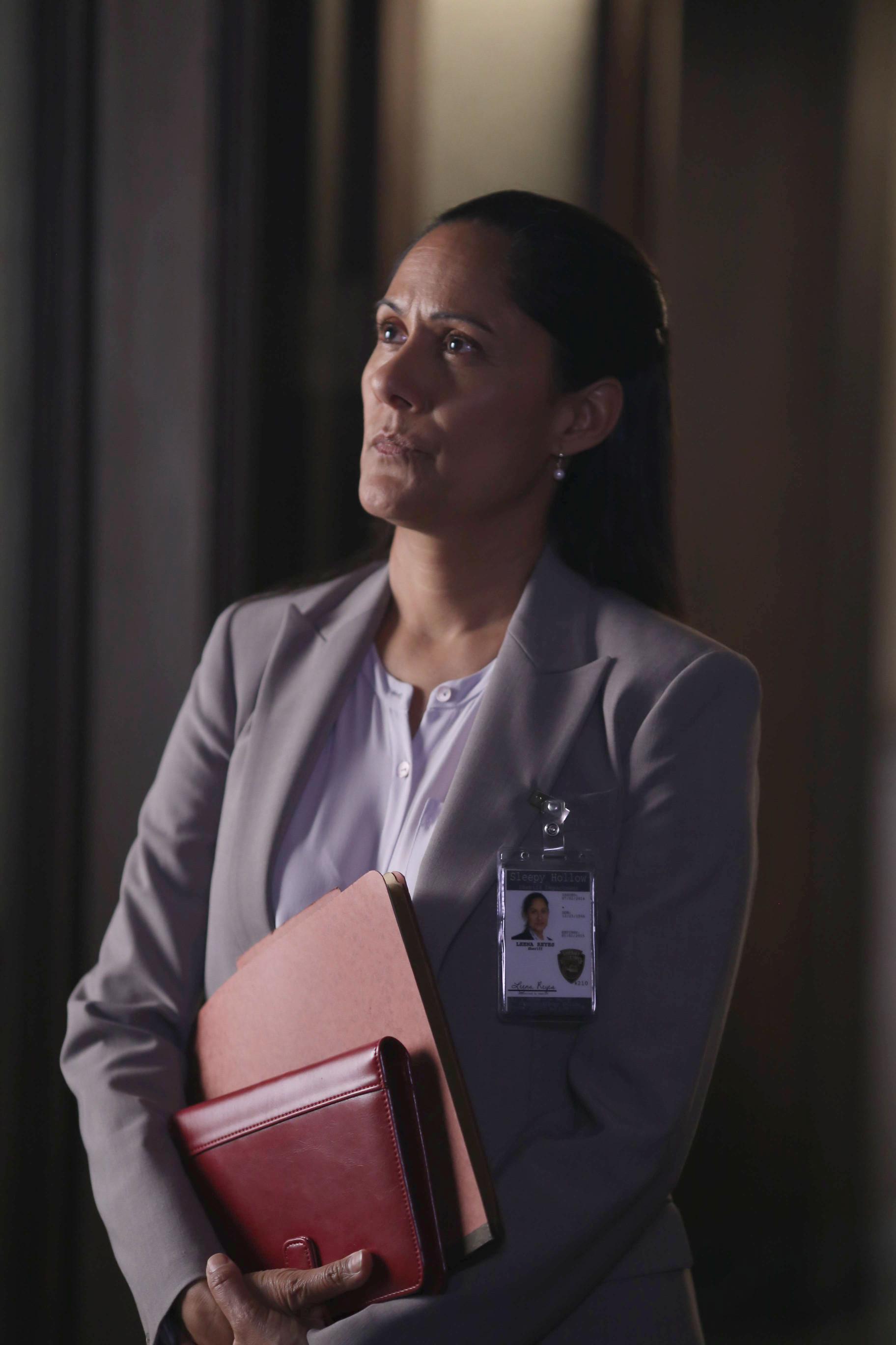 Sleepy Hollow: Sakina Jaffrey nell'episodio intitolato Root of All Evil