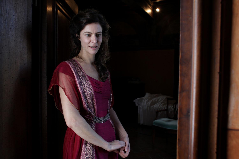Il giovane favoloso: Anna Mouglalis nei panni di Fanny in una scena del film