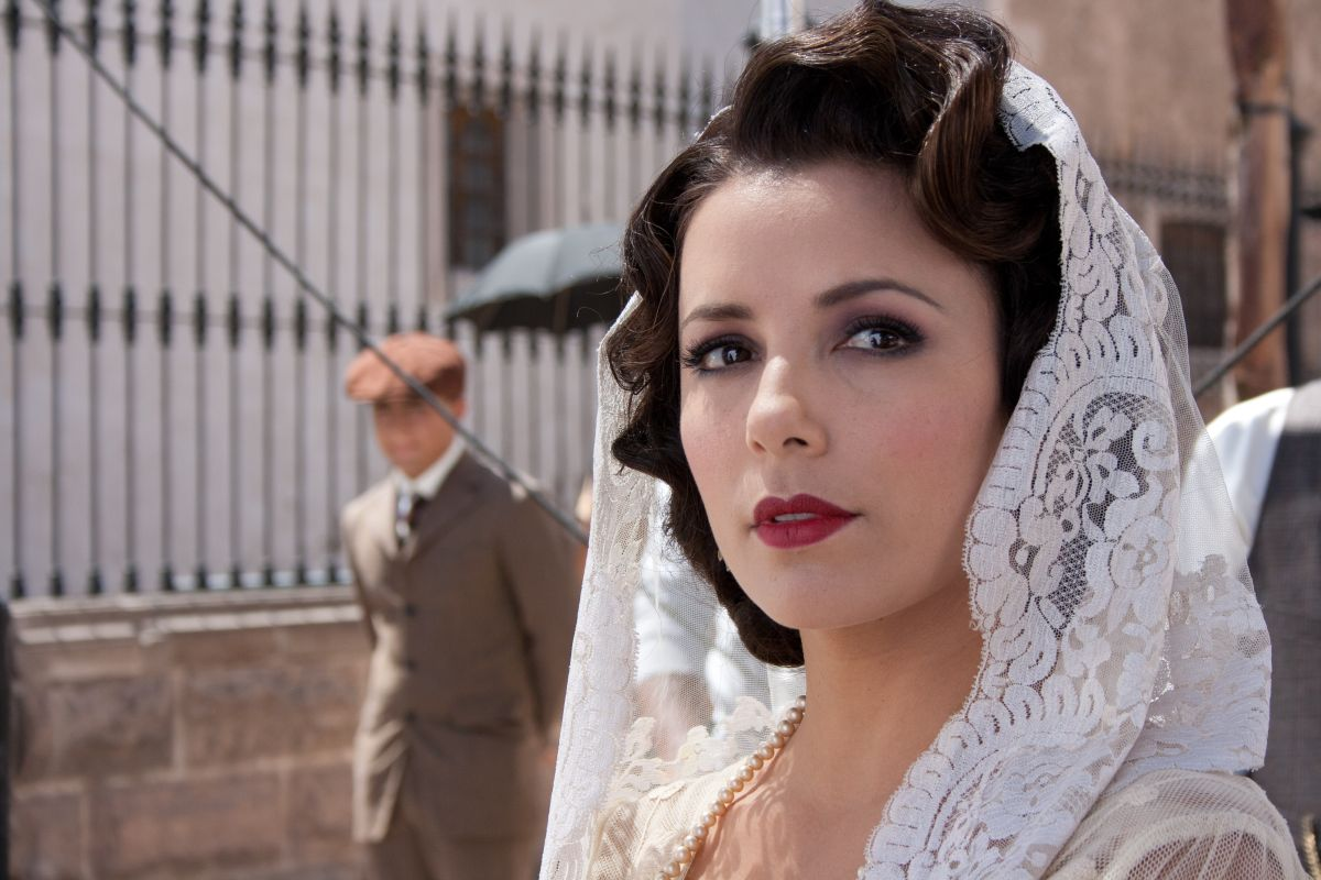 Cristiada: Eva Longoria in una scena del film nel ruolo di Tulita
