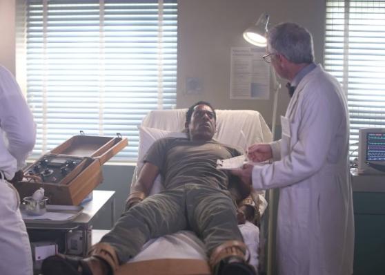 Sleepy Hollow: Orlando Jones nella puntata Root of All Evil