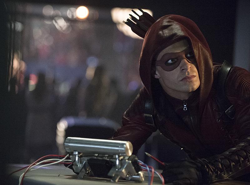 Arrow: l'attore Colton Haynes nella puntata The Calm