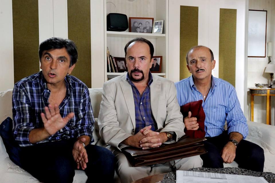 ...E fuori nevica!: Vincenzo Salemme con Maurizio Casagrande e Carlo Buccirosso in un momento del film