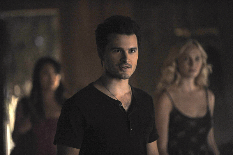 The Vampire Diaries: Michael Malarkey nell'episodio Yellow Ledbetter