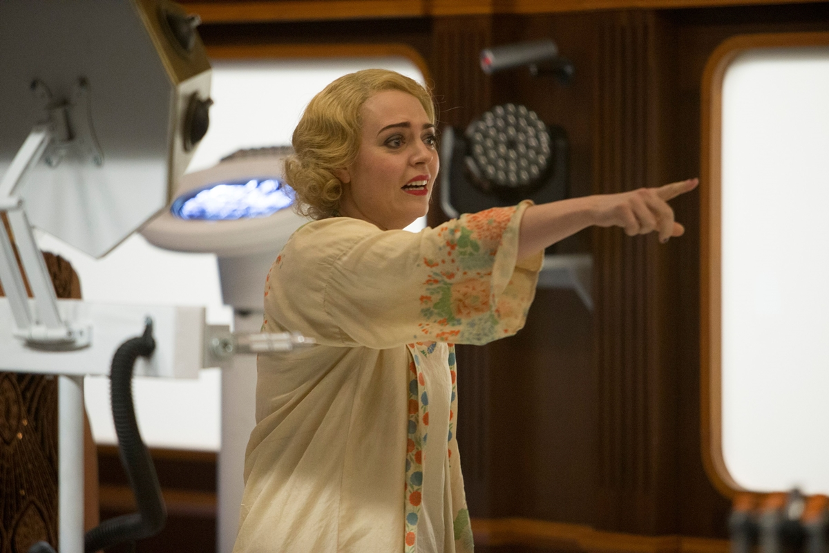 Doctor Who: l'attrice Daisy Beaumont nella puntata Mummy On The Orient Express