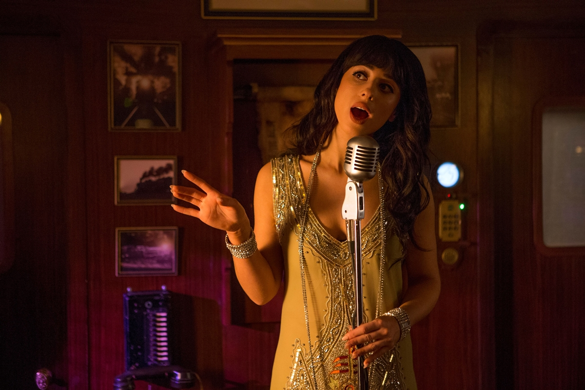 Doctor Who: la cantante Foxes nell'episodio Mummy On The Orient Express