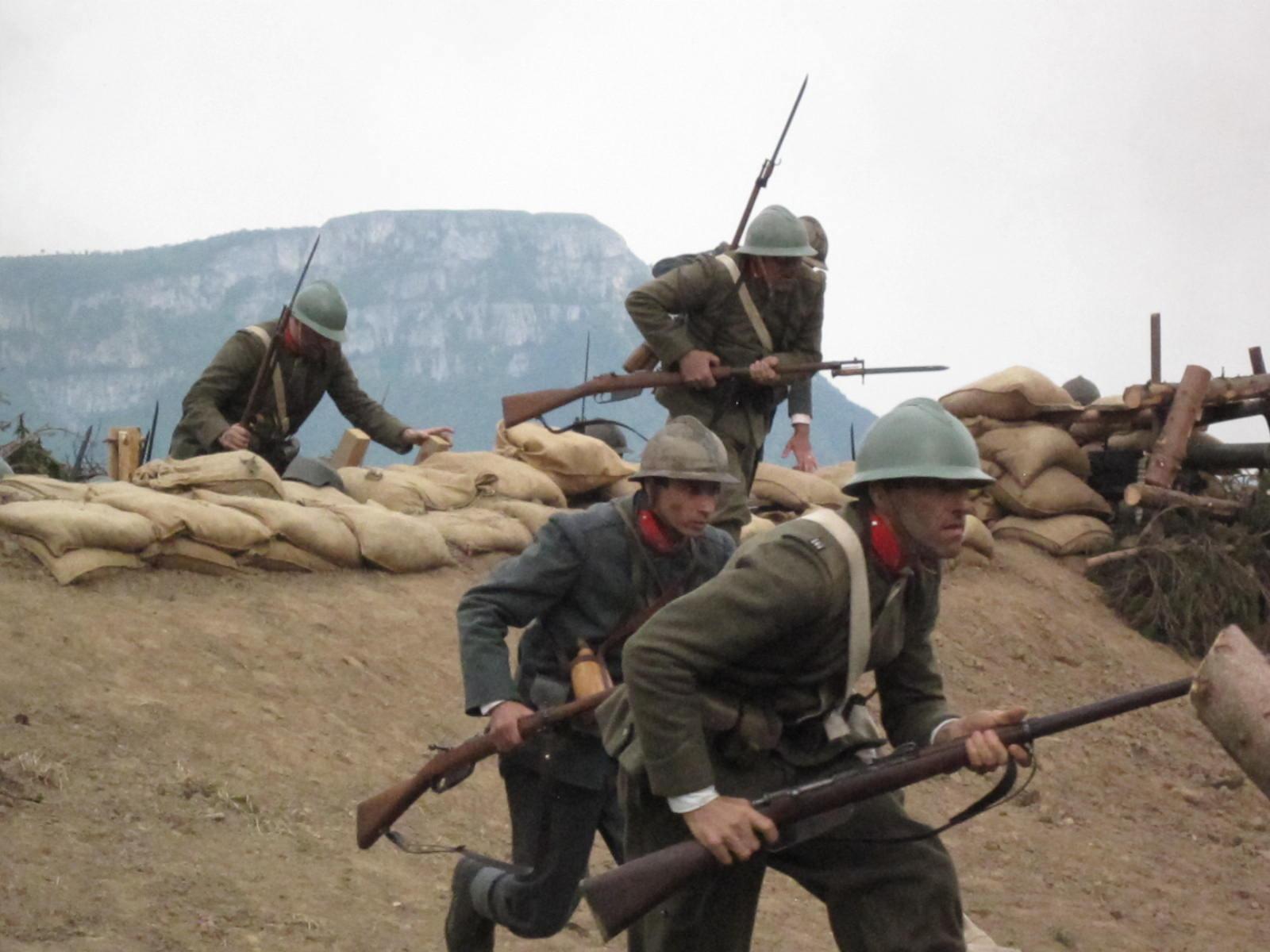 Fango e Gloria: una scena di guerra tratta dal film