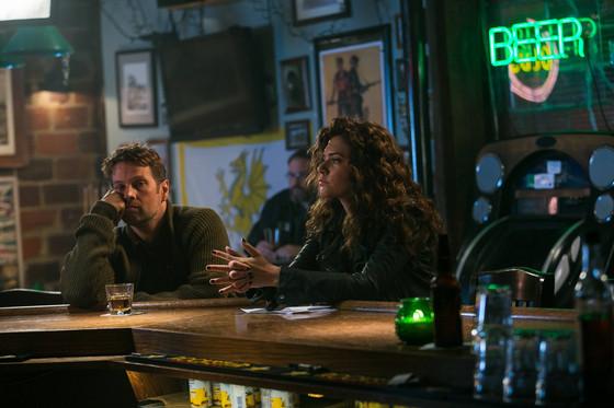 Constantine: Angelica Celaya insieme alla guest star James LeGros