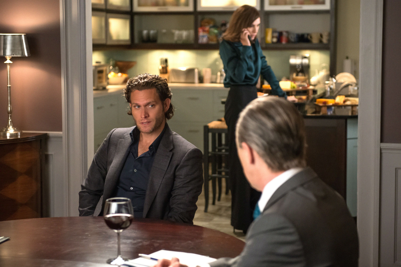 The Good Wife: Steven Pasquale e Alan Cumming in Oppo Research
