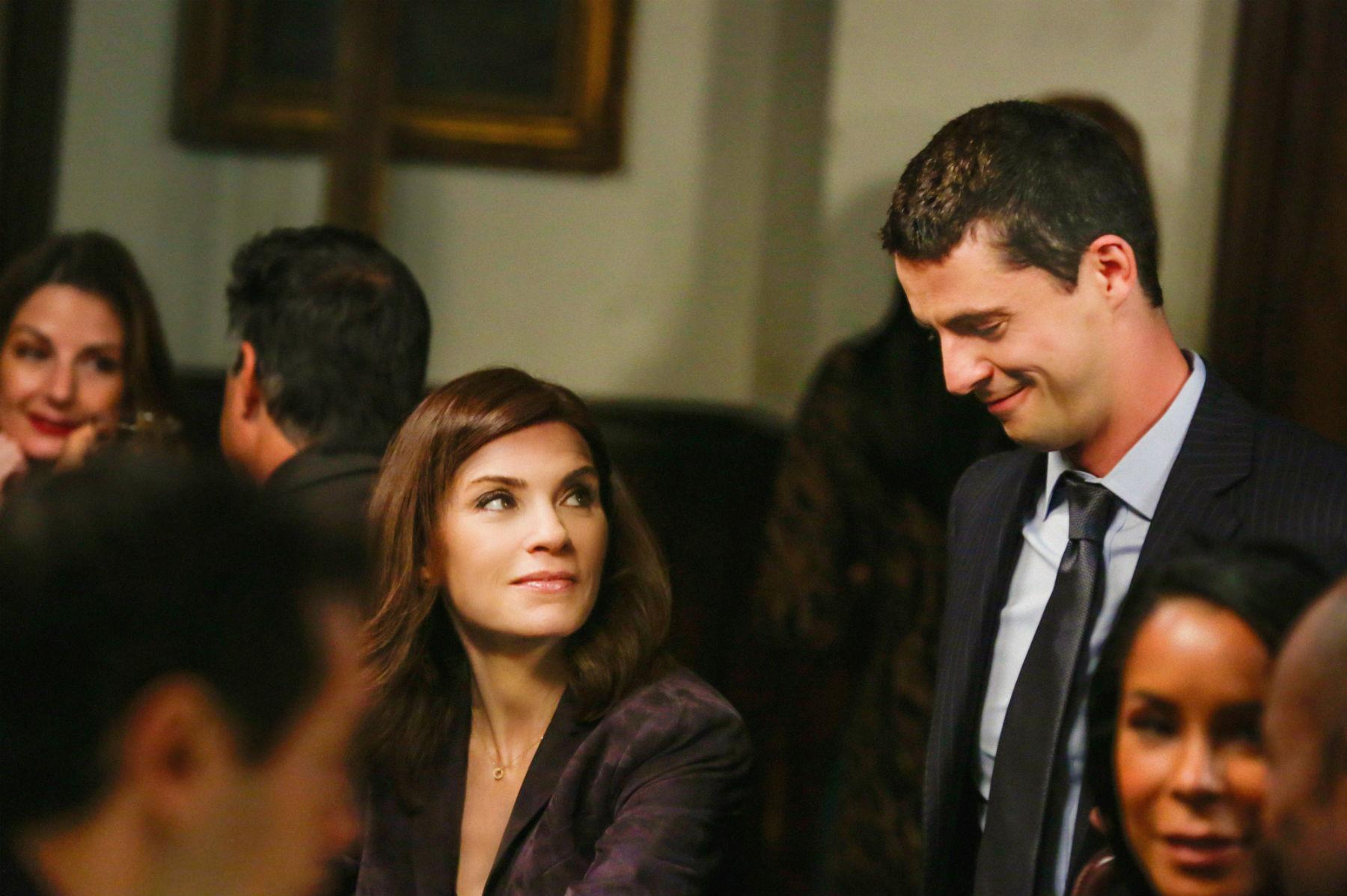 The Good Wife: Julianna Margullies interpreta una scena dell'episodio Oppo Research