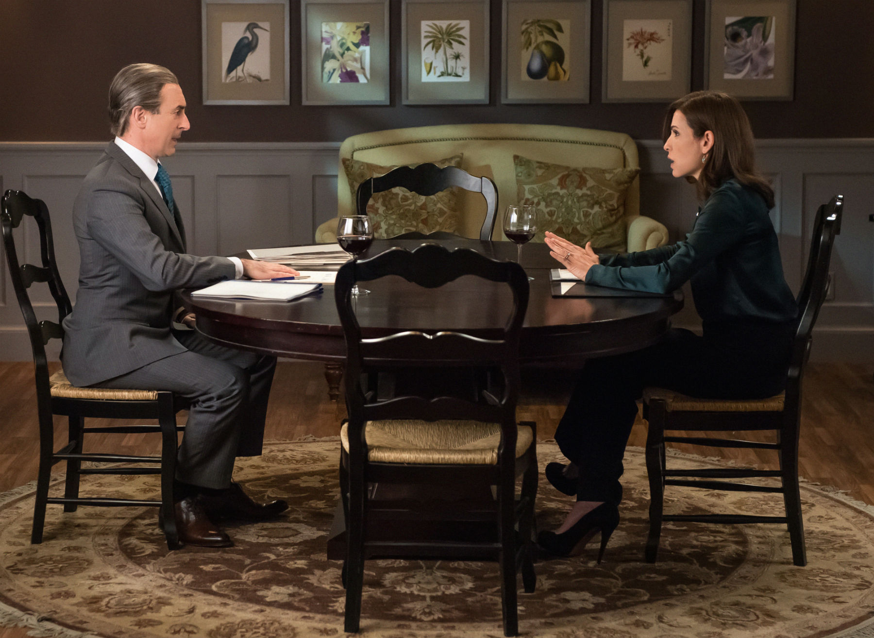 The Good Wife: Alan Cumming e Julianna Margulies in Oppo Research