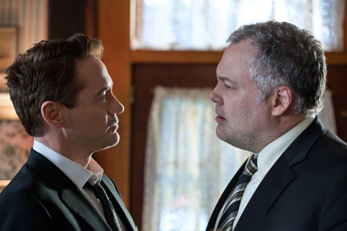 The Judge: Robert Downey Jr. faccia a faccia con Vincent D'Onofrio in una scena del film