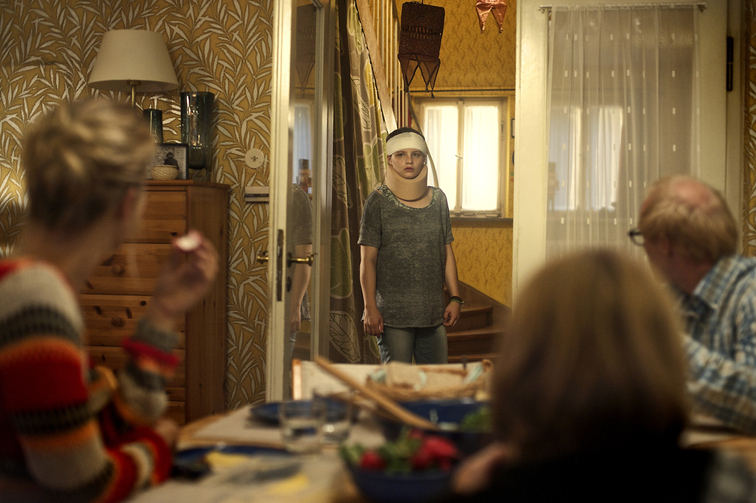 About a girl: la protagonista Jasna Fritzi Bauer in una scena