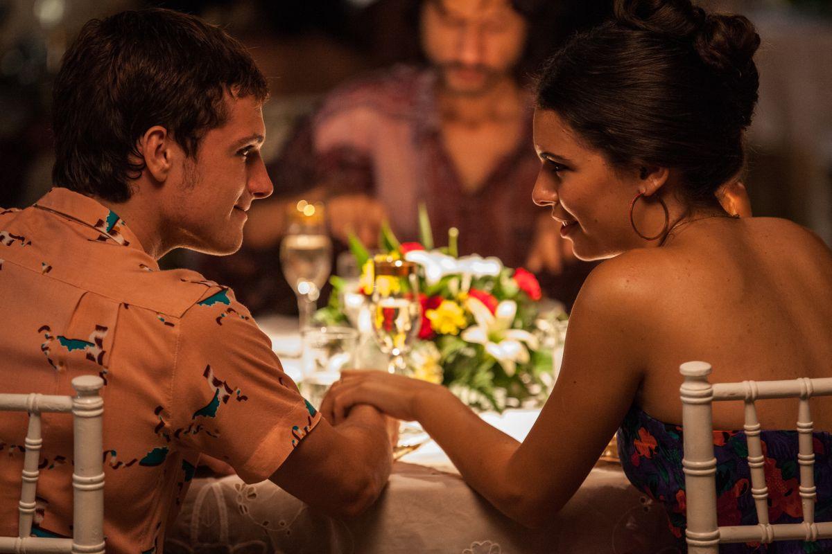 Escobar: Paradise Lost, Josh Hutcherson e Claudia Traisac in una scena