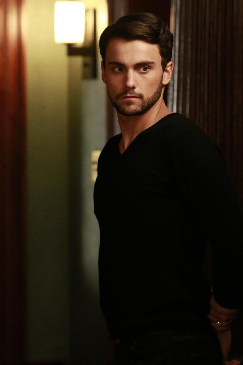 How To Get Away With Murder: Jack Falahee in Let's Get To Scooping