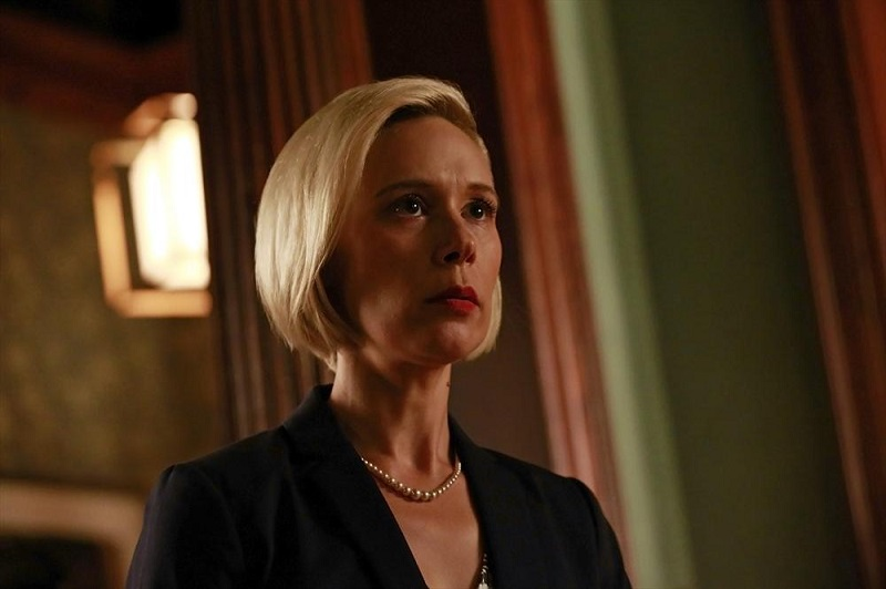 How To Get Away With Murder: Liza Weil nella puntata intitolata Let's Get To Scooping
