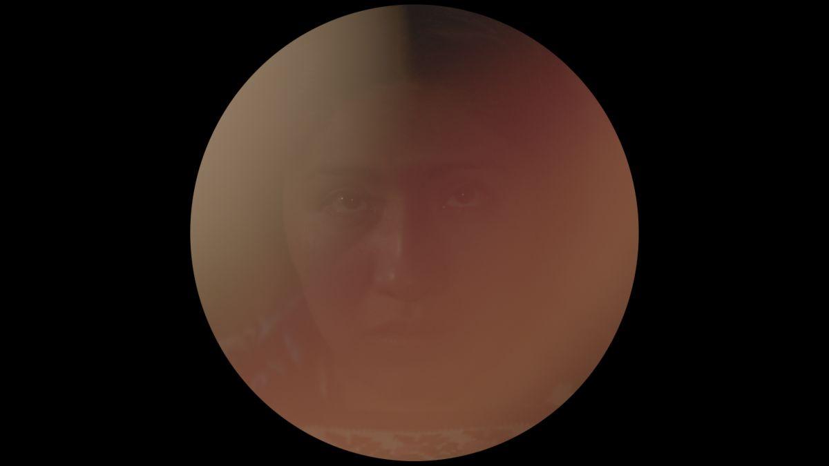 Lucifer: un'immagine sfocata tratta dal film