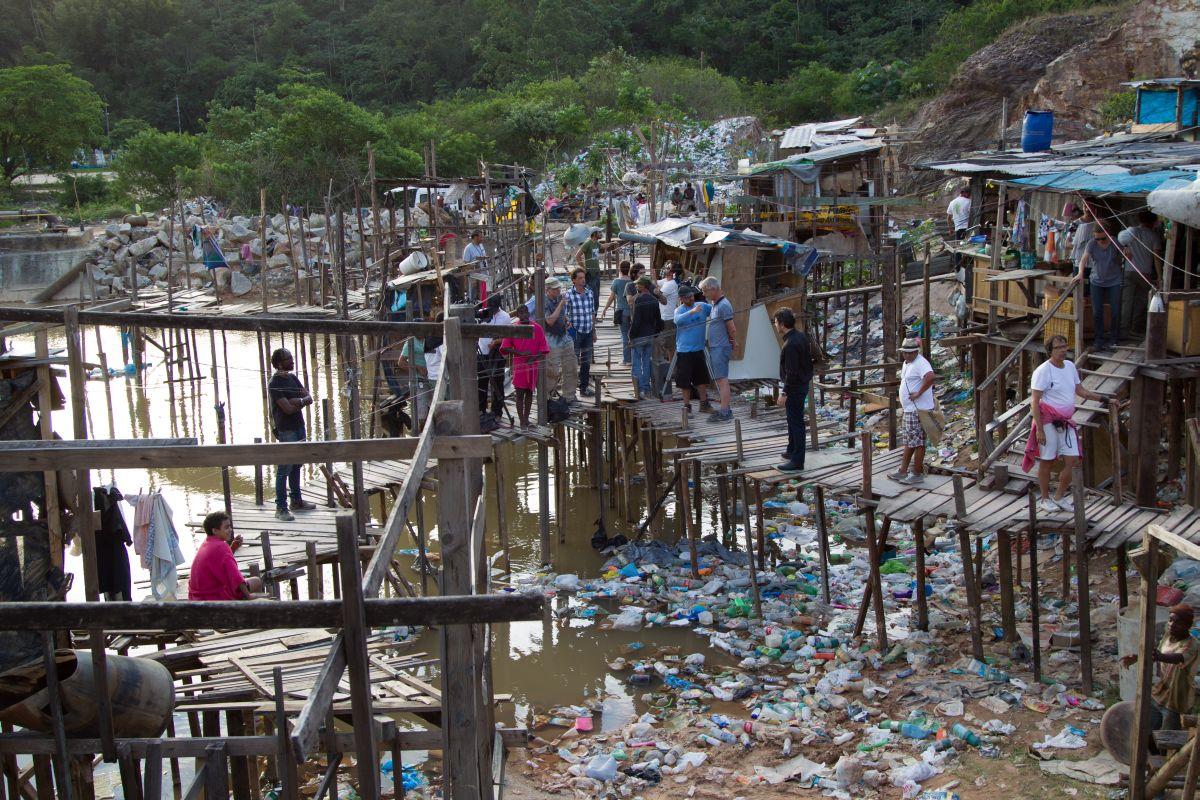 Trash: un'immagine dal set brasiliano
