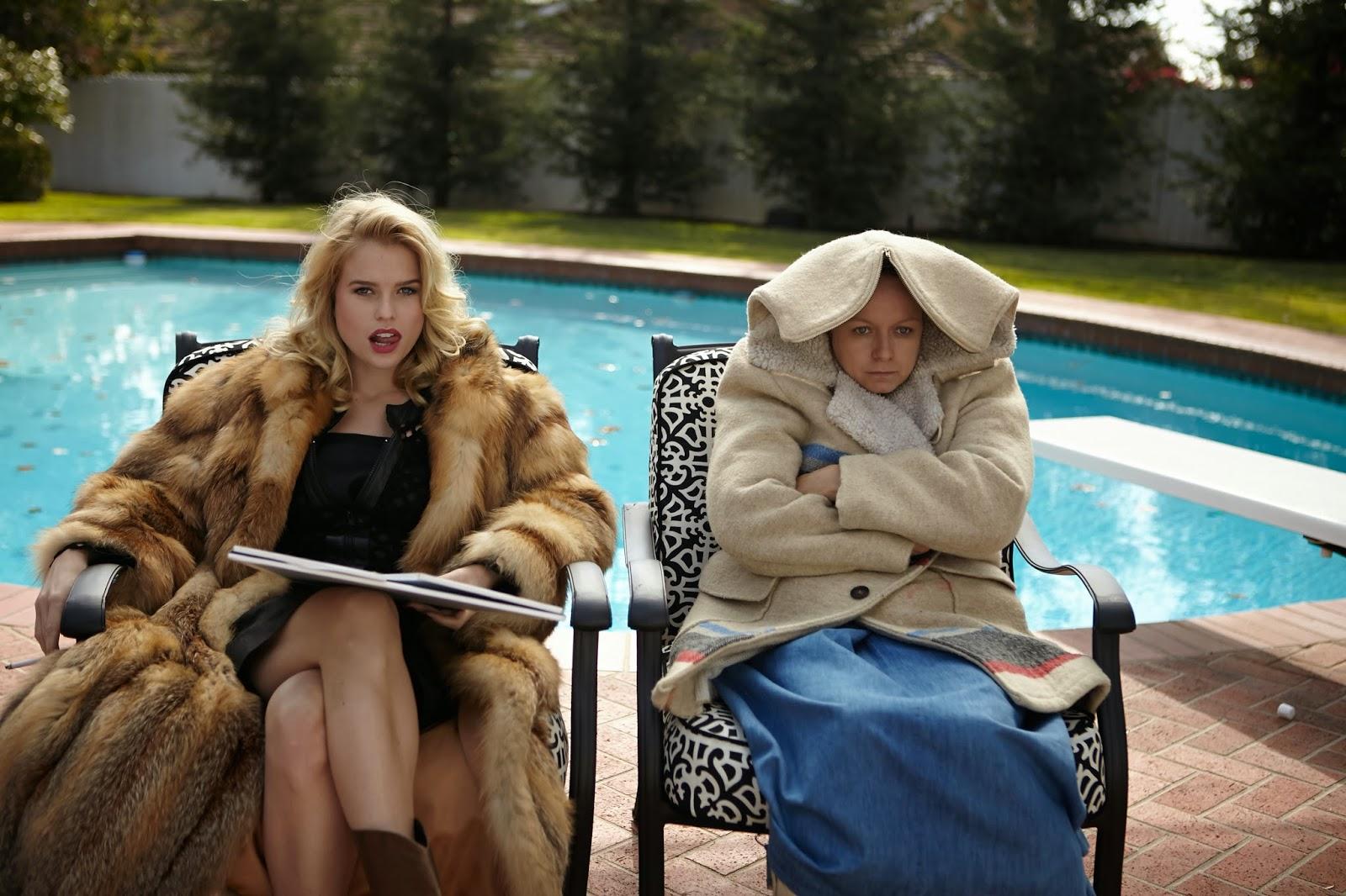 Alice Eve e Samantha Morton in una scena di Annie Parker