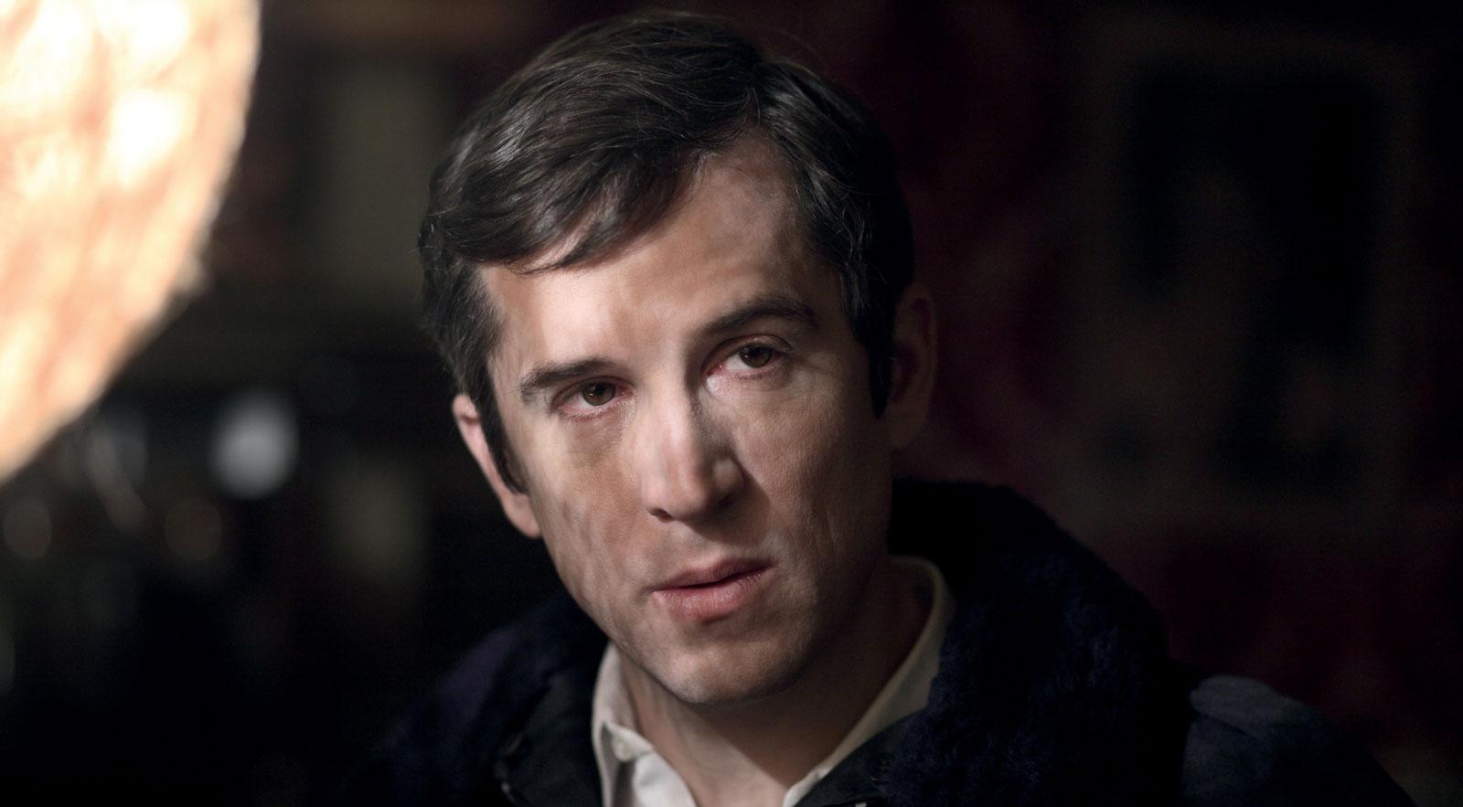 Next time I'll aim for the heart: il protagonista del film Guillaume Canet in una scena