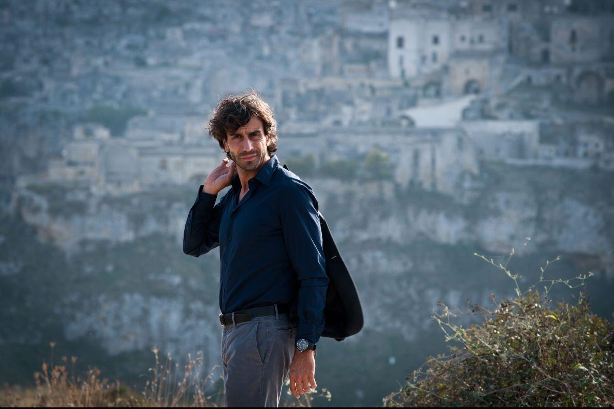 Tre tocchi: Massimiliano Benvenuto in una scena del film di Marco Risi