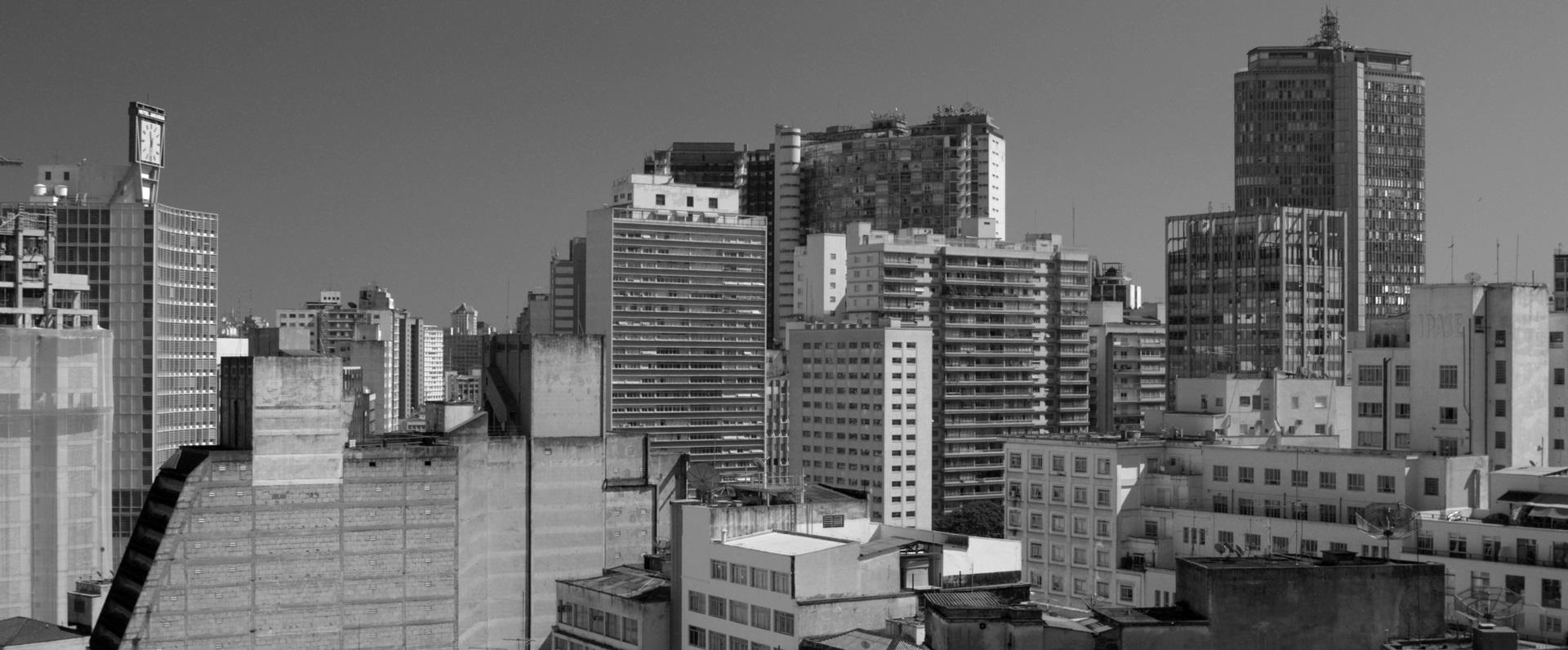 Obra: uno squarcio architettonico della città di San Paolo del Brasile