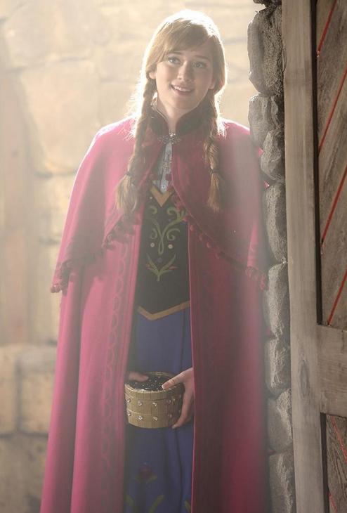 C'era una volta: Elizabeth Lail in una scena dell'episodio The Apprentice