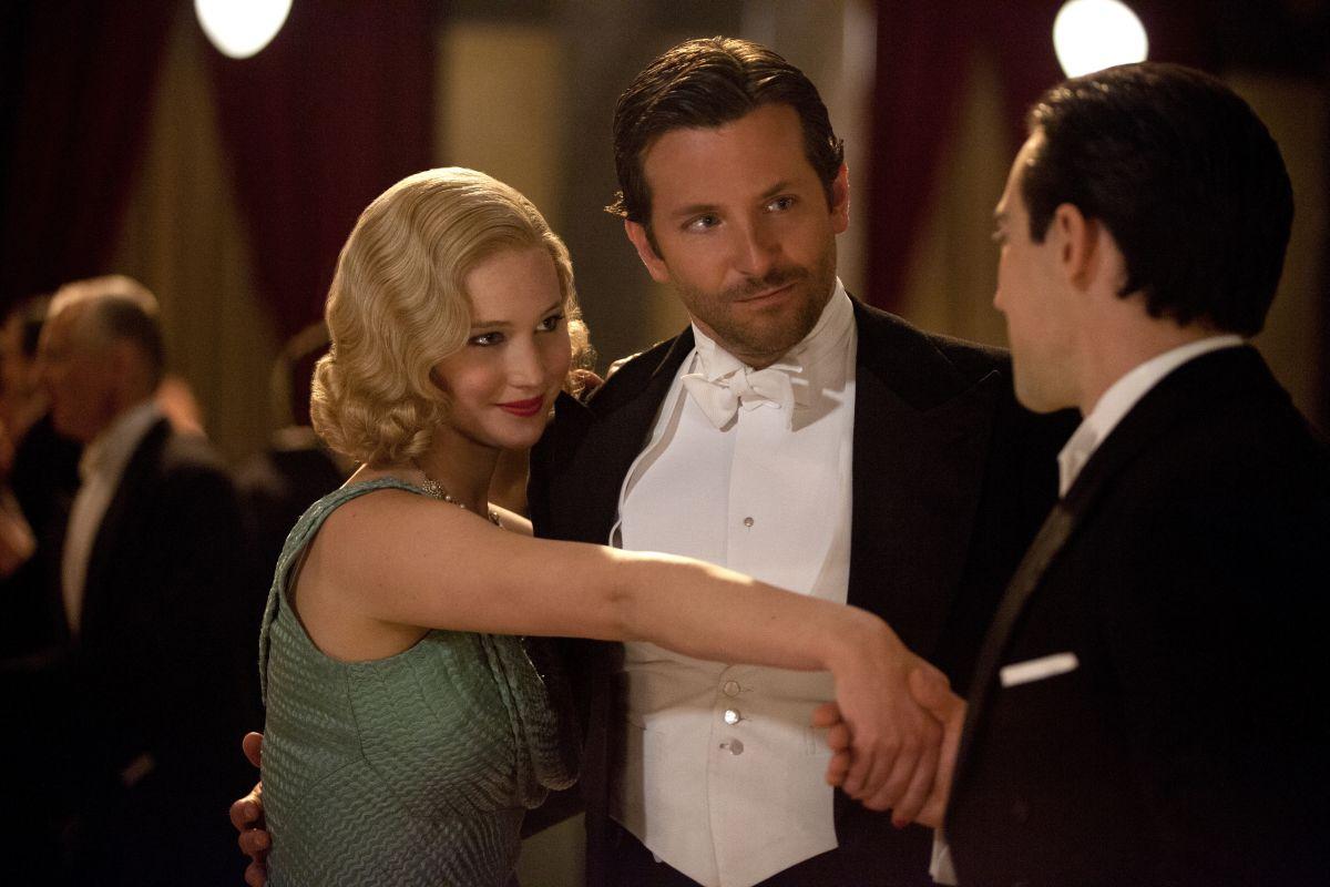 Una folle passione: Jennifer Lawrence in una scena del film con Bradley Cooper