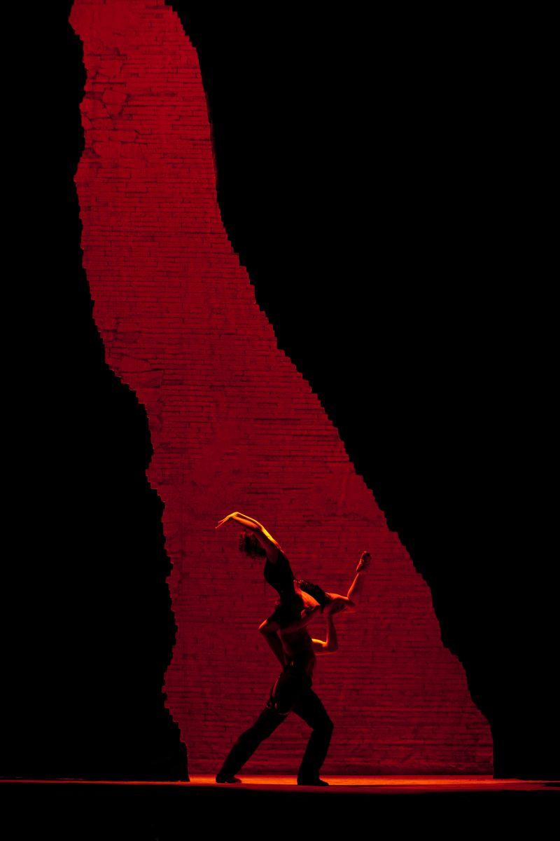 Carmen: una scena dello spettacolo in diretta dal Metropolitan Opera di New York