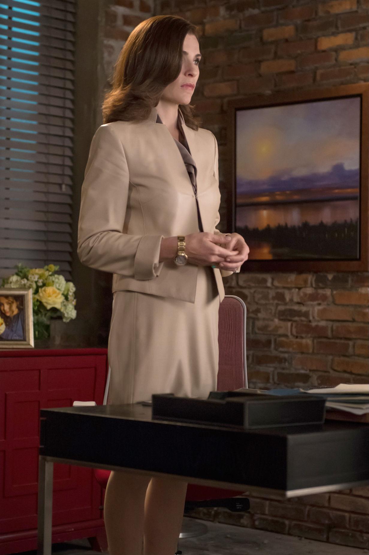 The Good Wife: l'attrice Julianna Margulies in una scena dell'episodio intitolato Shiny Objects