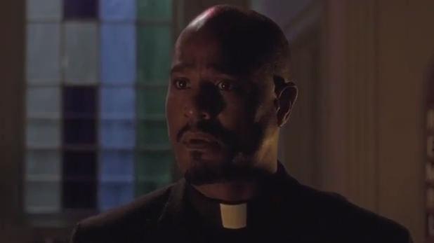 The Walking Dead: Seth Gilliam è padre Gabriel nell'episodio Un tetto e quattro mura
