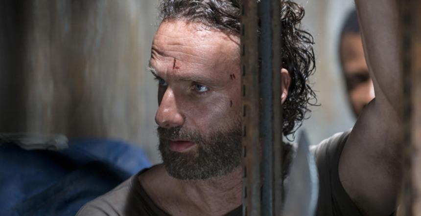 The Walking Dead: Andrew Lincoln nella puntata Un tetto e quattro mura