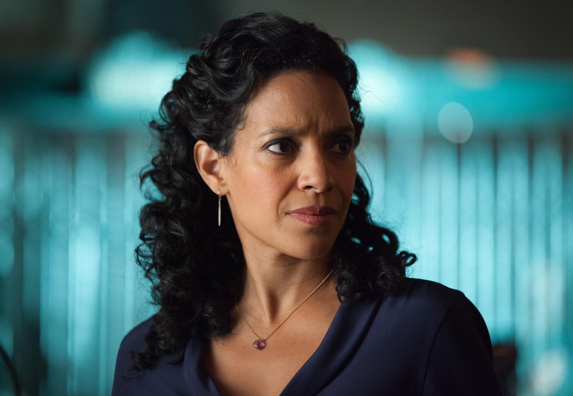 Gotham: l'attrice Zabryna Guevara in una scena di Spirit Of The Goat