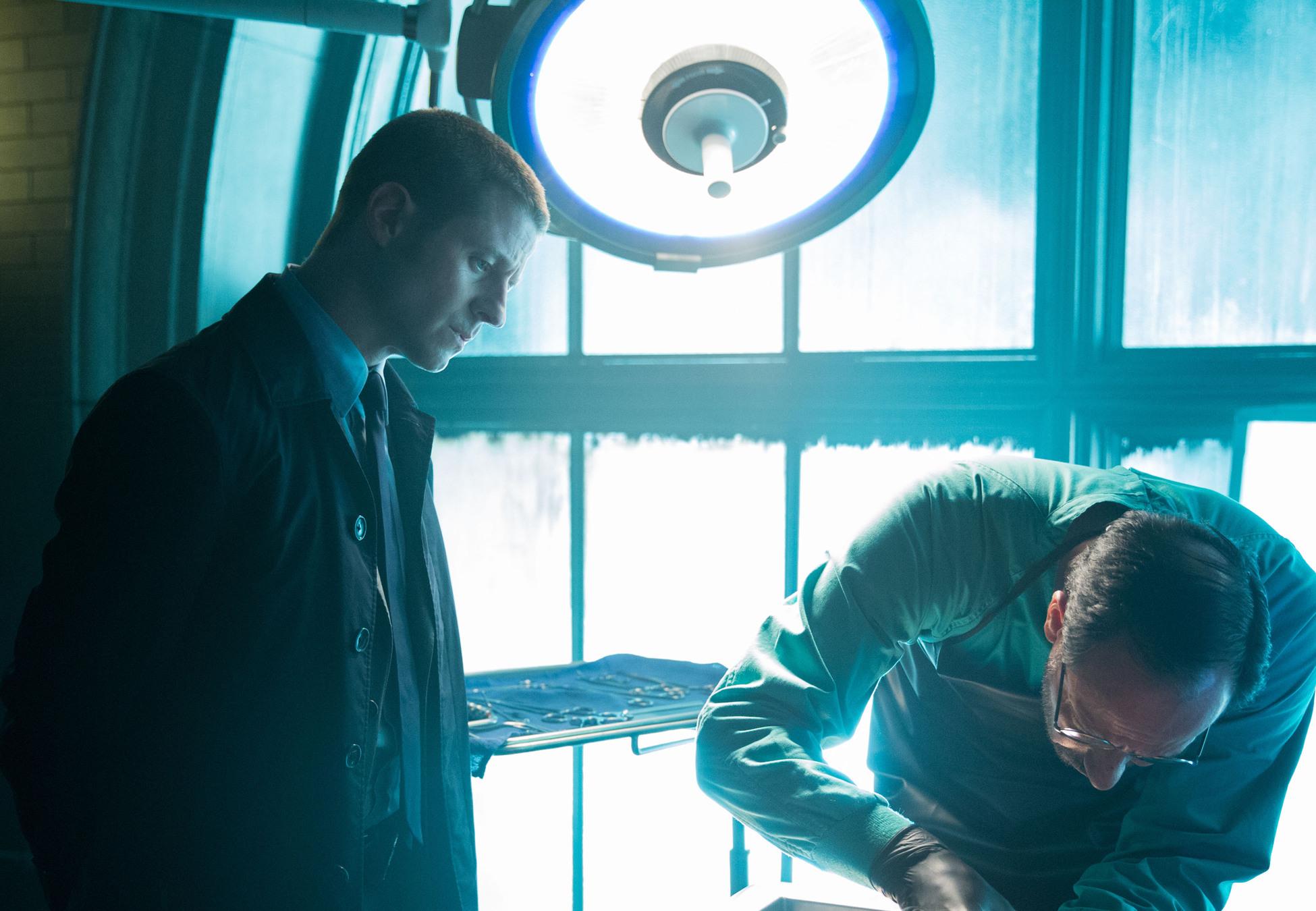 Gotham: l'attore Ben McKenzie nell'episodio Spirit Of The Goat