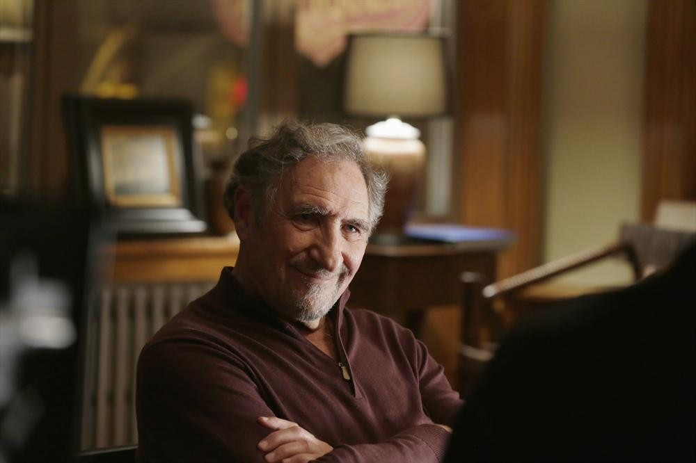 Forever: Judd Hirsch interpreta Abe nell'episodio New York Kids