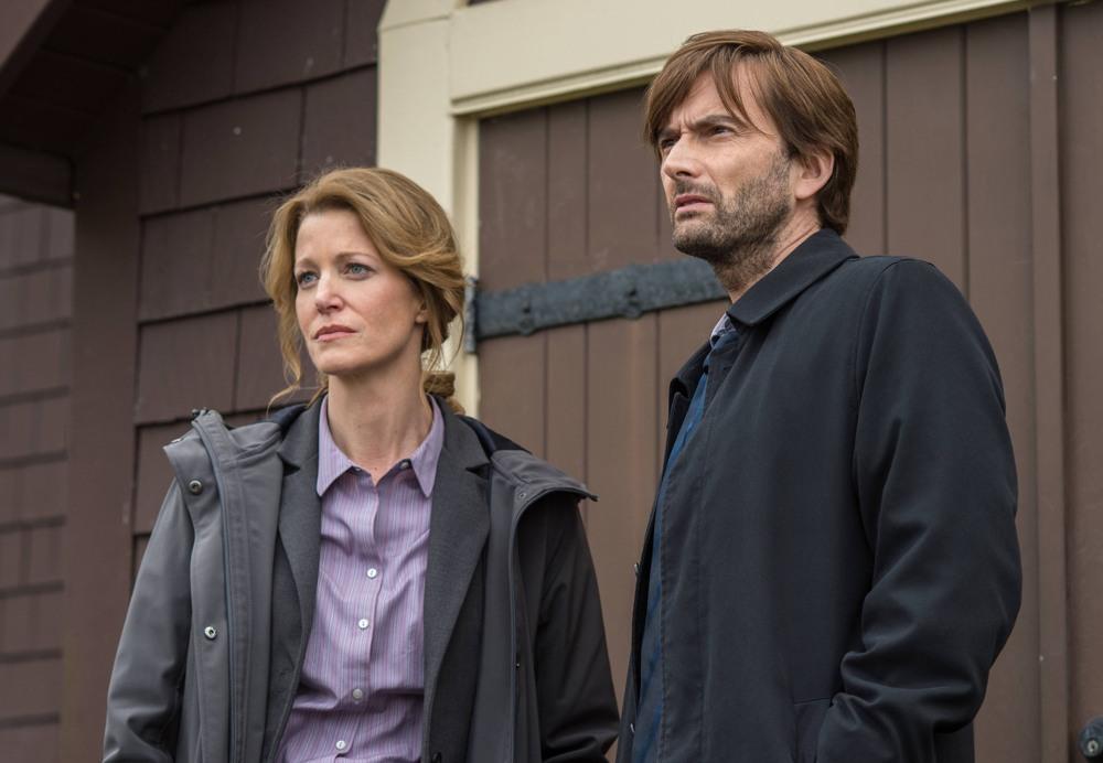 Gracepoint: i protagonisti Anna Gunn e David Tennant nel quinto episodio