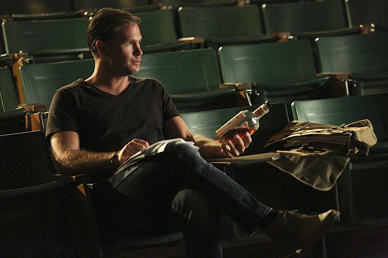 The Vampire Diaries: l'attore Matthew Davis nella puntata intitolata The World Has Turned and Left Me Here