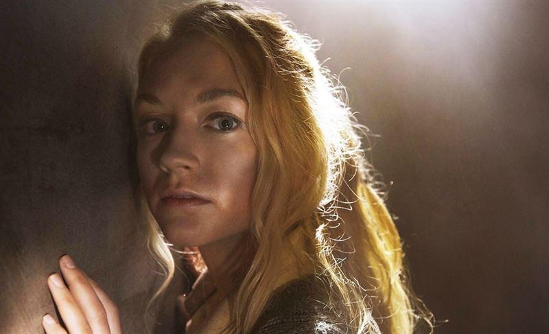 The Walking Dead: un primo piano di Emily Kinney nell'episodio Il prezzo della salvezza