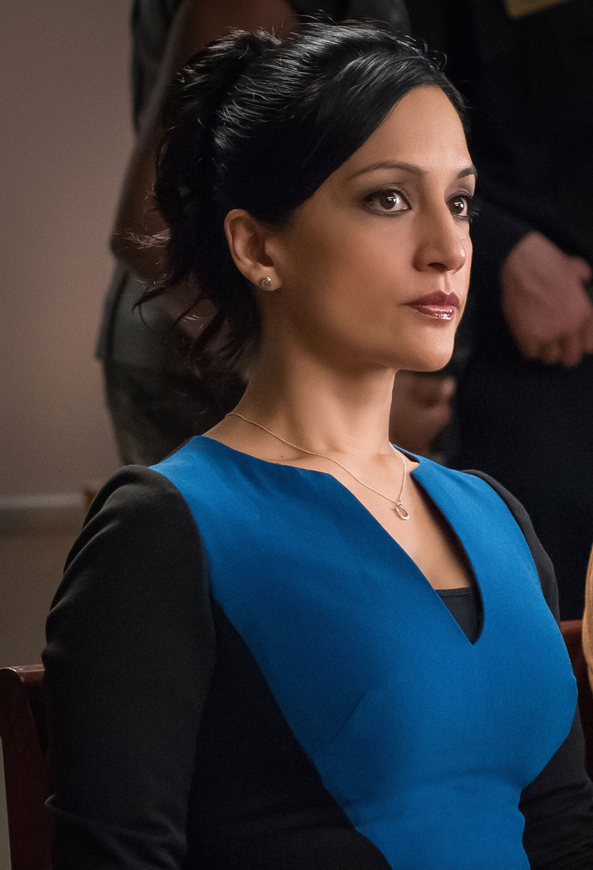 The Good Wife: l'attrice Archie Panjabi in una scena di Message Discipline