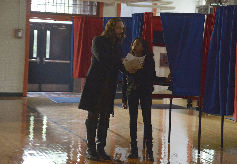 Sleepy Hollow: i protagonisti Tom Mison e Nicole Beharie nella puntata intitolata Deliverance
