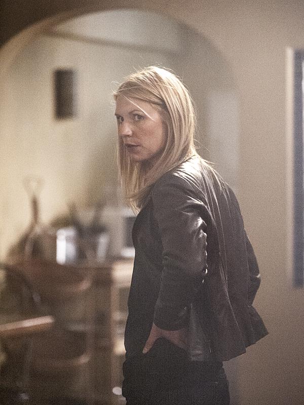 Homeland: l'attrice Claire Danes nell'episodio intitolato From A to B and Back Again