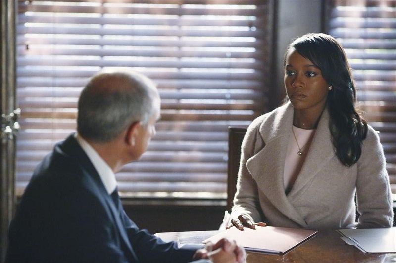 How To Get Away With Murder: l'attrice Aja Naomi King e Dean Buchanan in He Deserved to Die