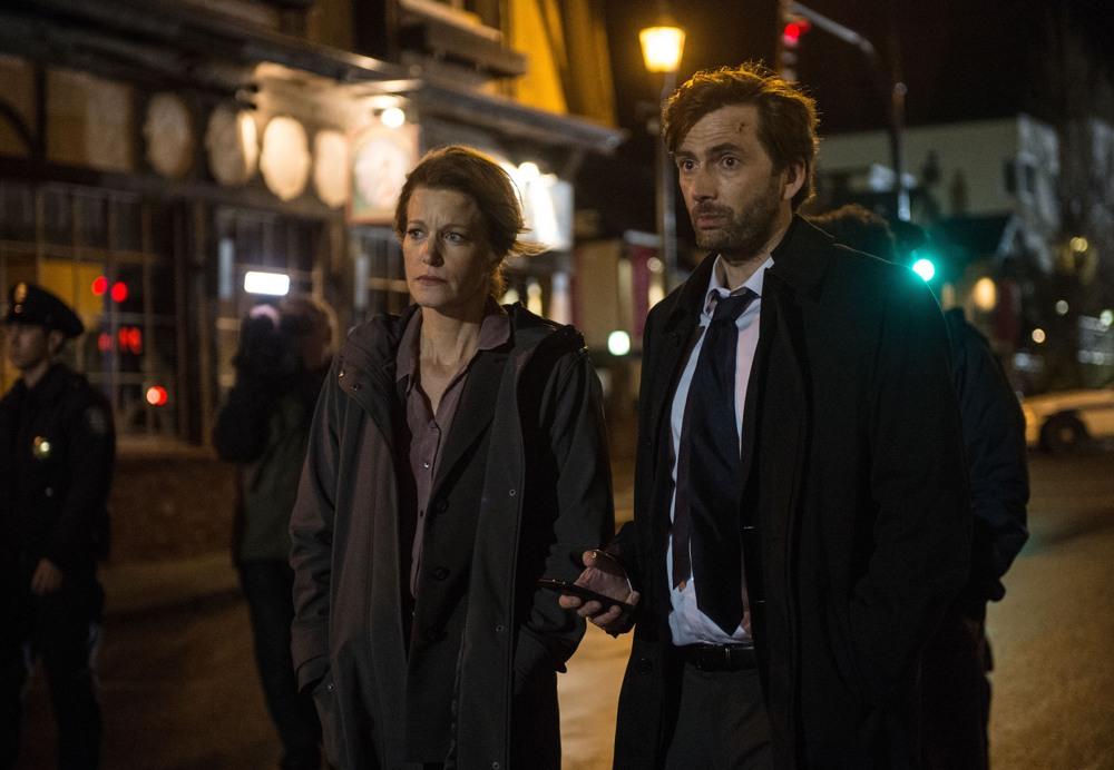 Gracepoint: i protagonisti Anna Gunn e David Tennant nel sesto episodio