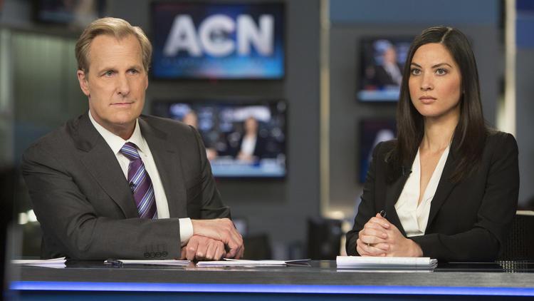 The Newsroom: Jeff Daniels e Olivia Munn in una scena dell'episodio intitolato Boston
