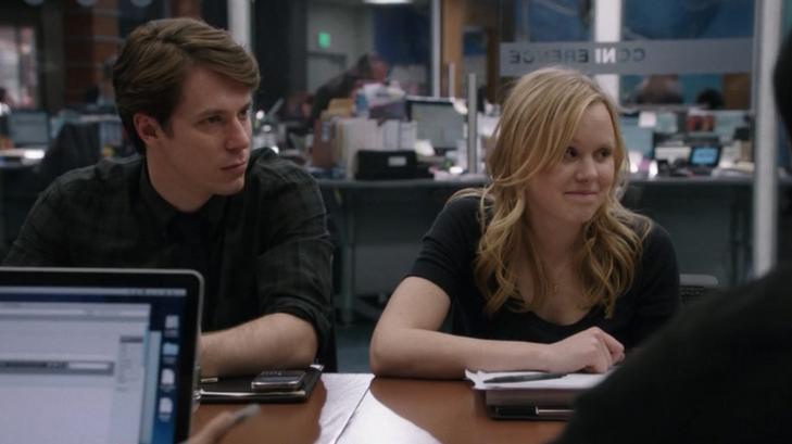 The Newsroom: Alison Pill e John Gallagher Jr. nell'episodio intitolato Boston