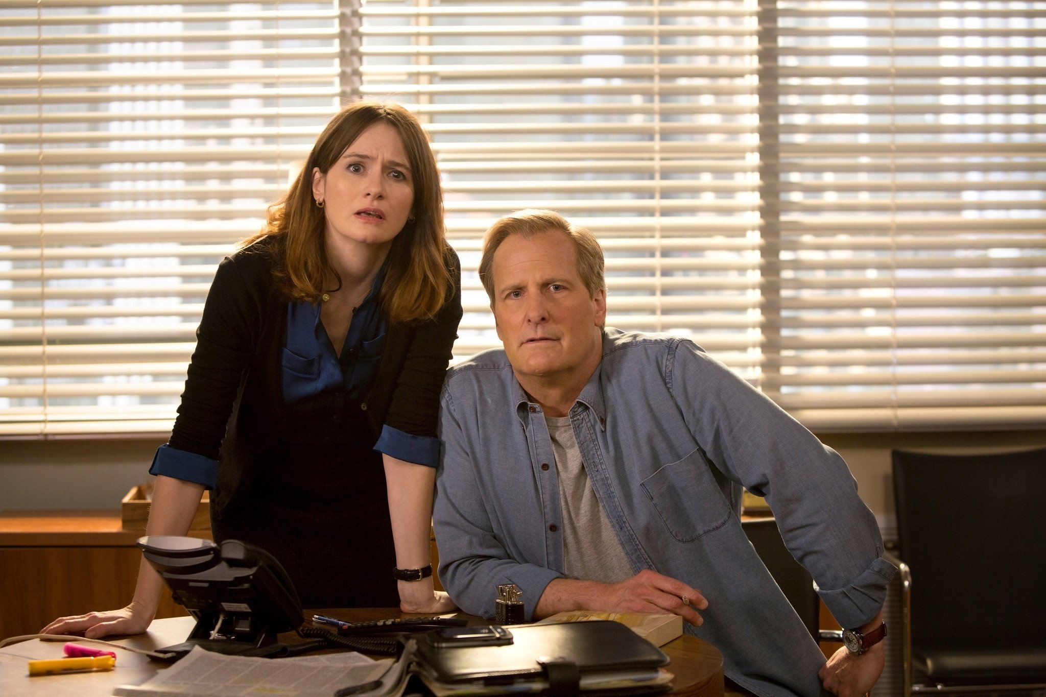 The Newsroom: Emily Mortimer e Jeff Daniels nella puntata Boston
