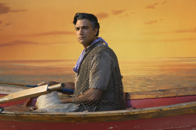 Jane the Virgin: Jaime Camil nell'episodio Chapter Five
