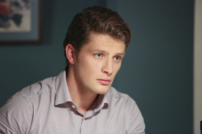 Jane the Virgin: Brett Dier interpreta Michael nella puntata Chapter Five