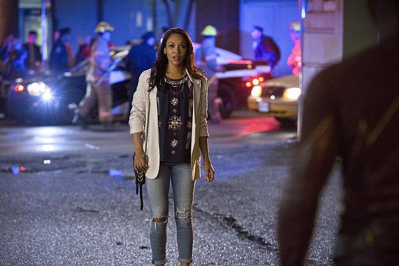 The Flash: Candice Patton e Grant Gustin nell'episodio Plastique