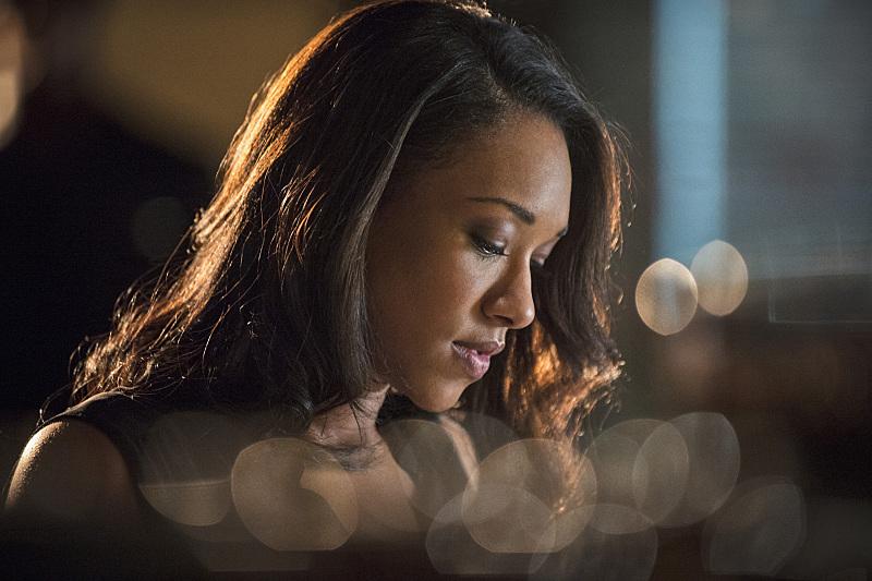 The Flash: Candice Patton interpreta Iris West in Plastique