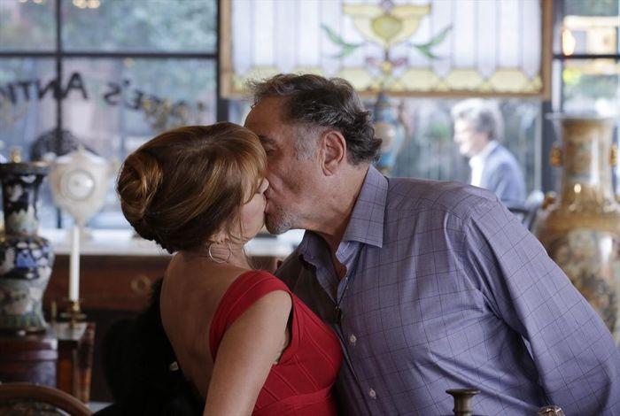 Forever: Jane Seymour e Judd Hirsch in una scena di The Ecstasy of Agony